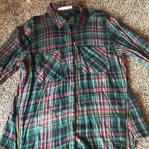 Maurice's button down top